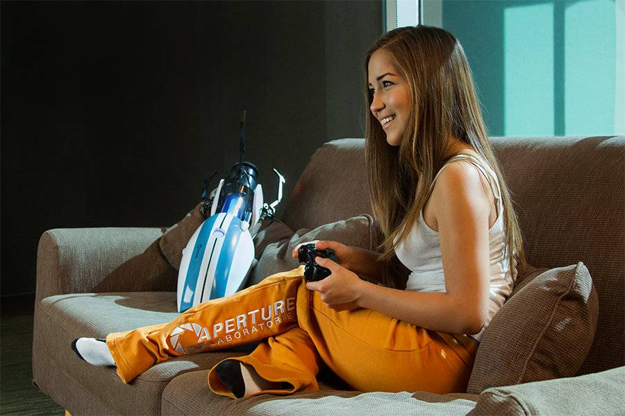 JINX Portal 2 Womens Companion Cube Briefs
