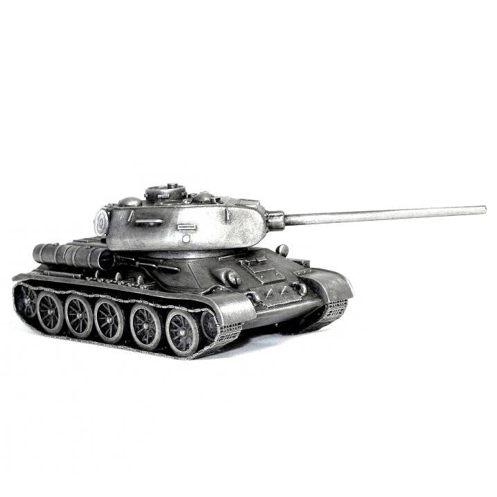 Official World of Tanks - T34-85 Figure